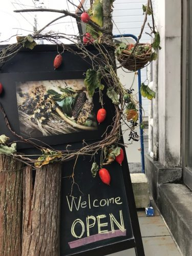 花あそびcafe~カフェを秋の草花で飾る~