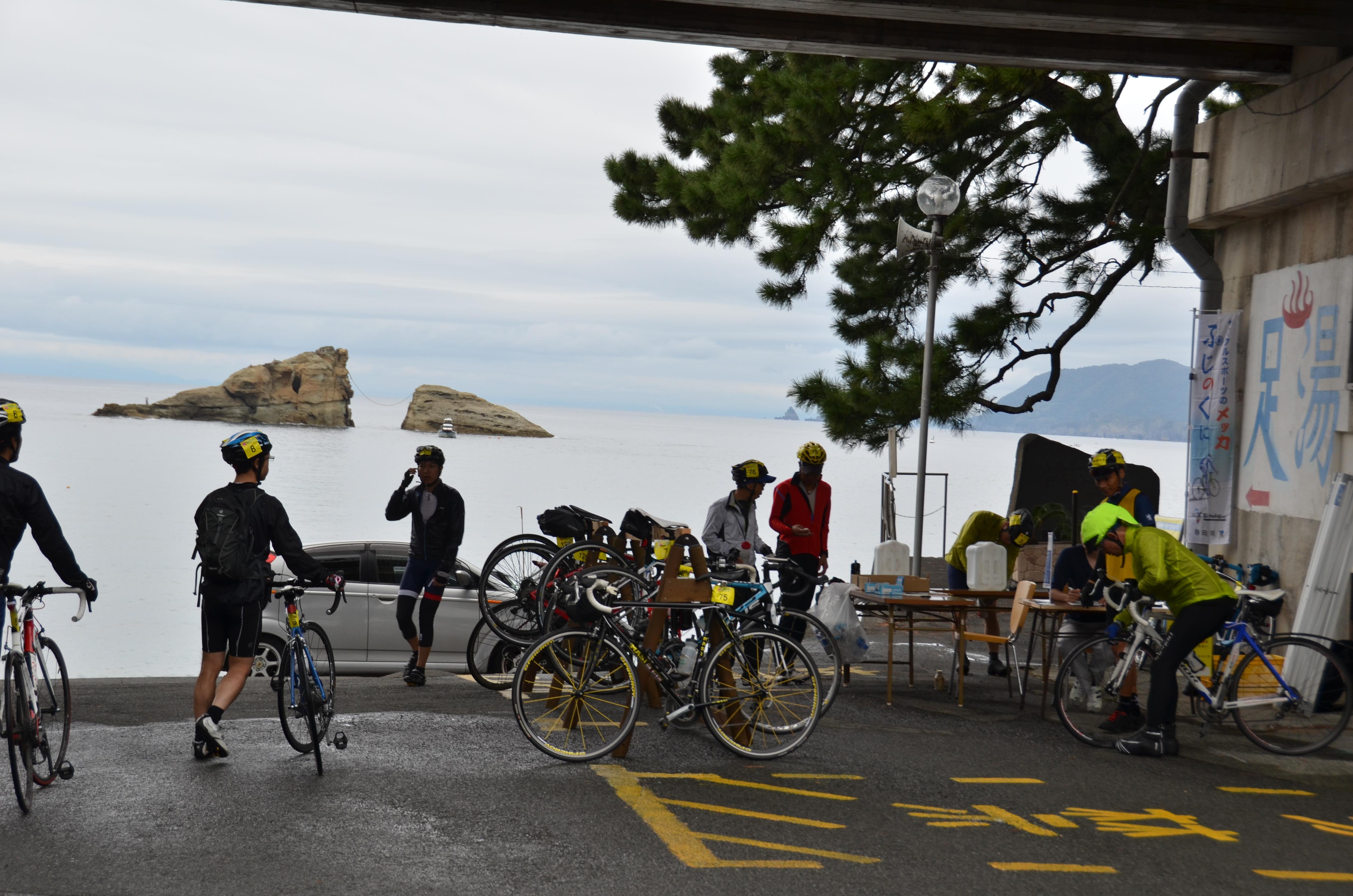 10/14(土)伊豆半島一周サイクリングが行われました。