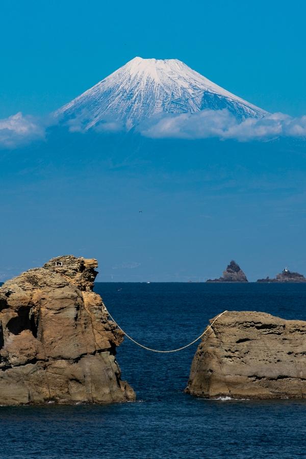 【松崎からの富士山】徐々に冬富士へ。美しい冠雪