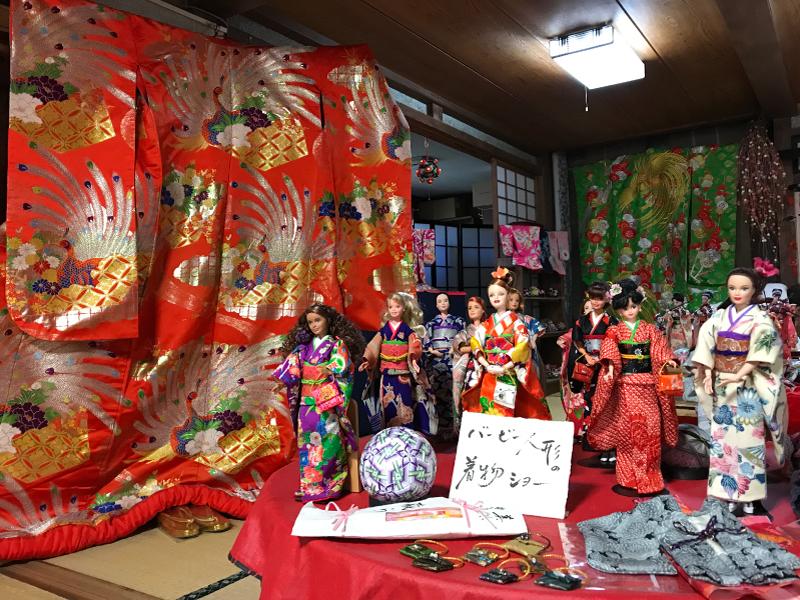 【バービー人形の着物ショー】「伊豆松崎であい村 蔵ら」にて、展示中です。