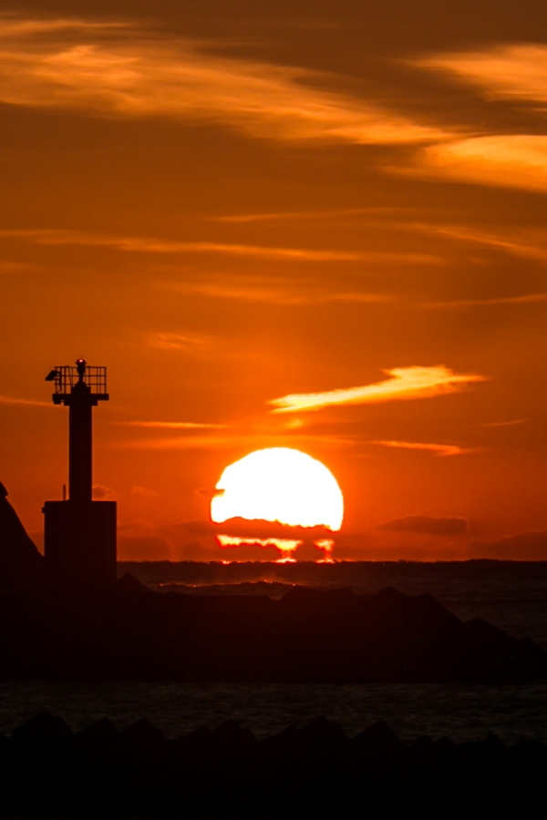 【水平線に消えゆく】松崎海岸からの夕陽