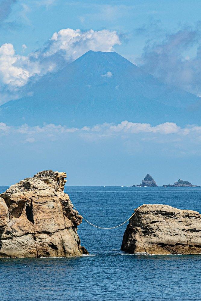【雲見富士】富士山を眺めながら海水浴を楽しもう