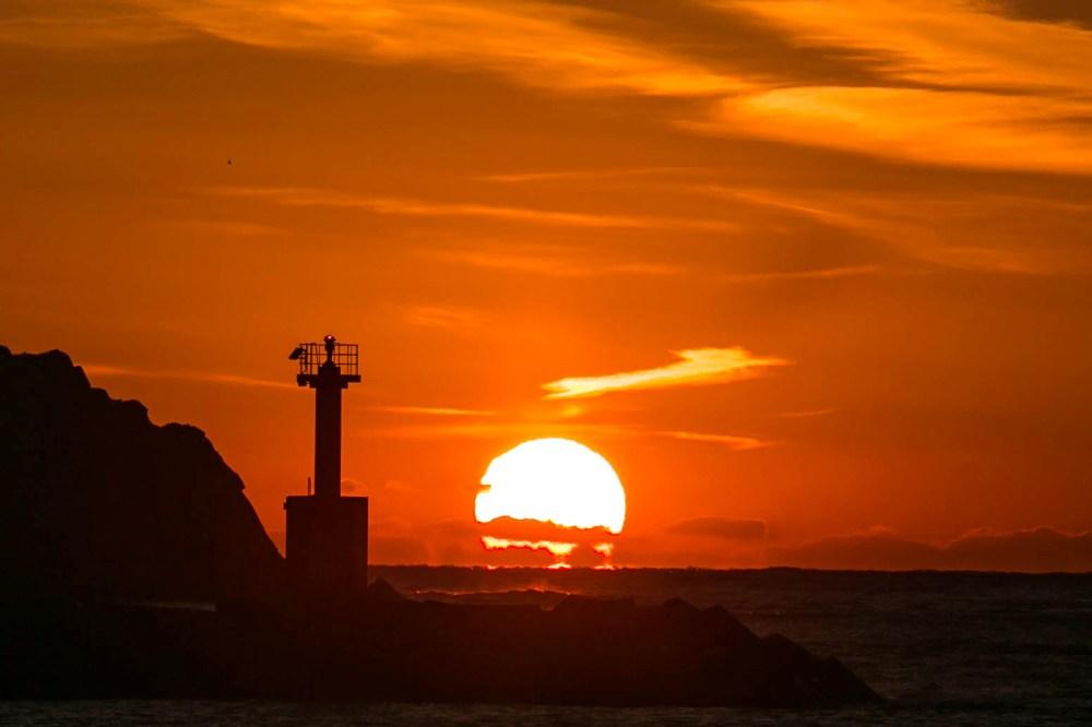 【冬の夕陽】松崎海岸より