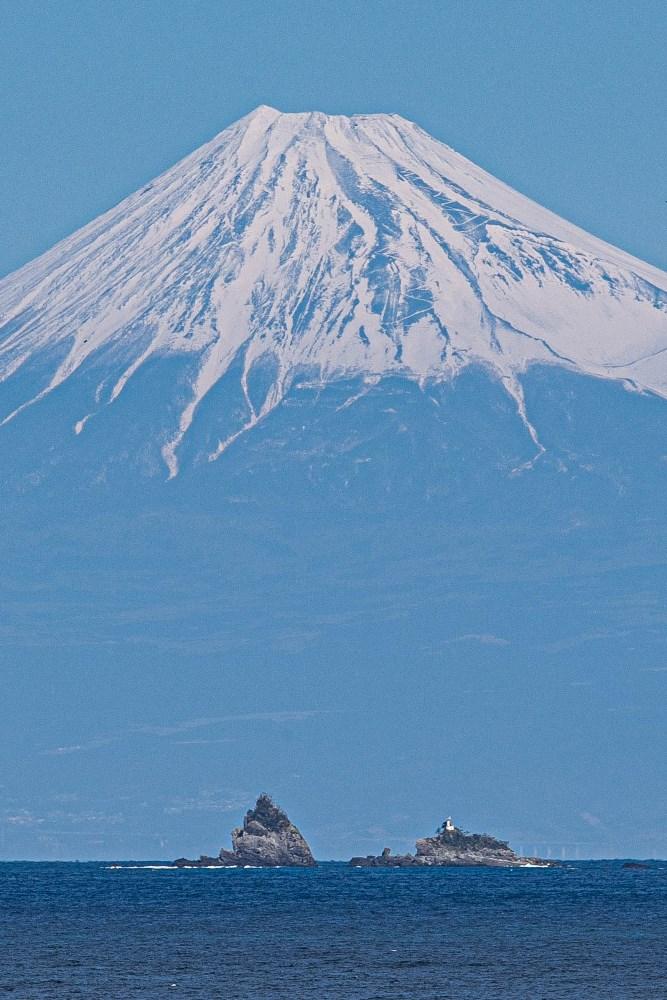 【雲見富士】今日も美しい富士山が見られます