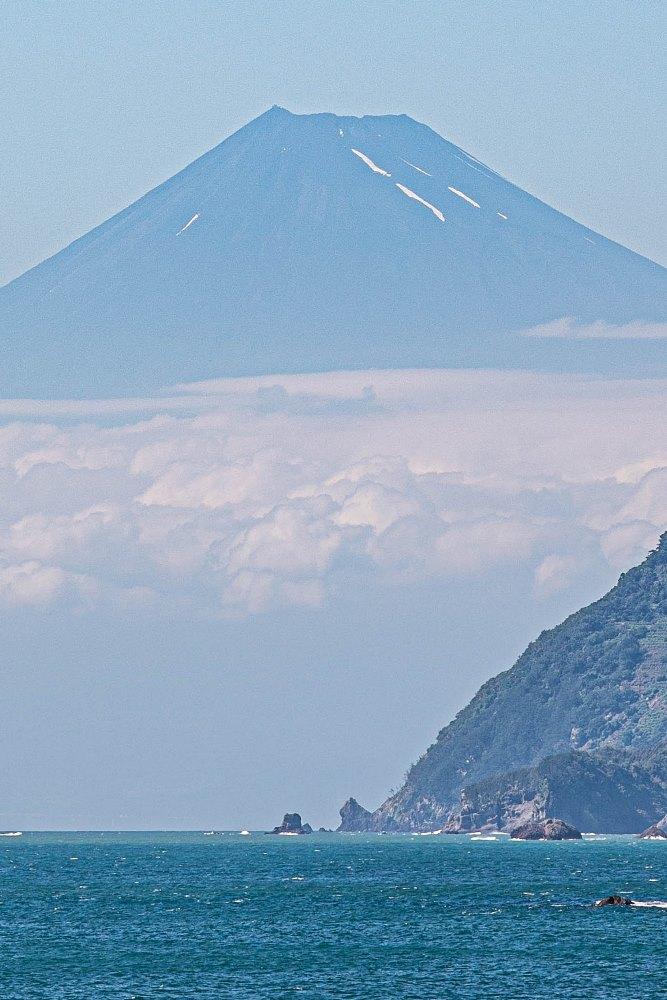 【石部富士】この時季ならではの青富士