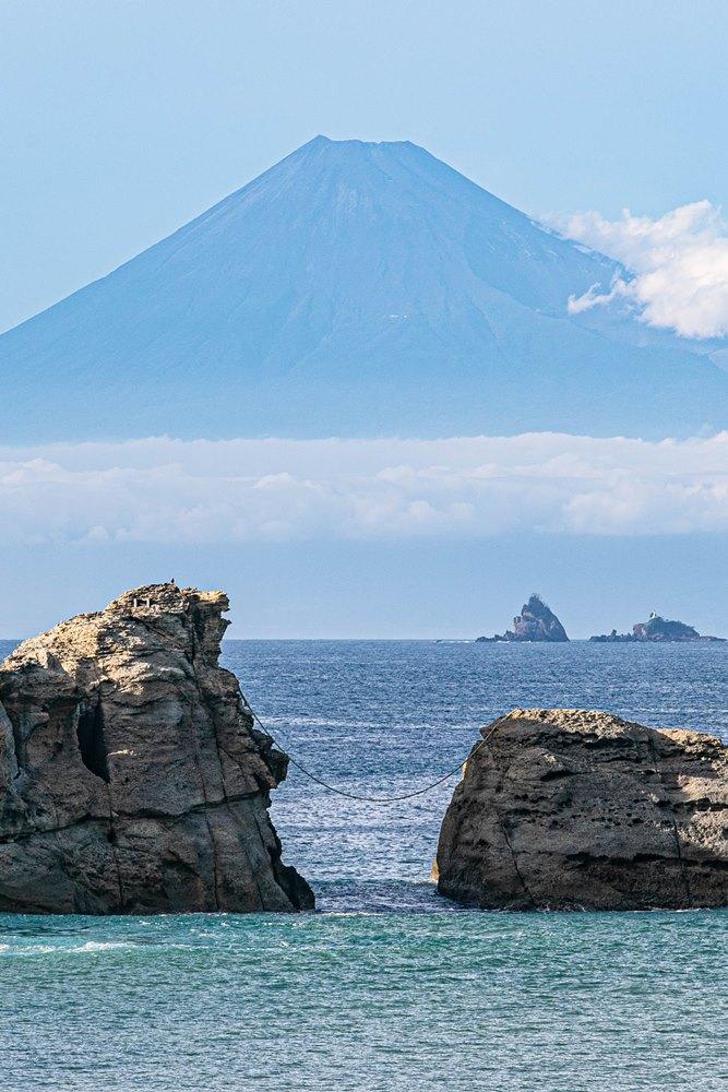 【雲見富士】9月の青富士