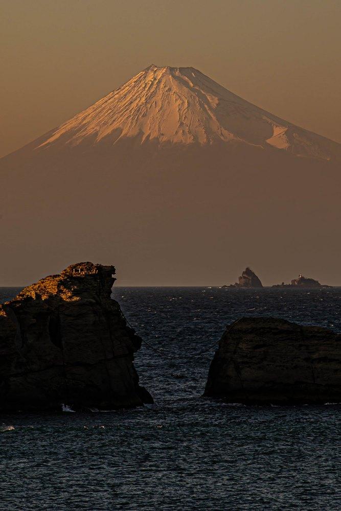 【本日の富士山】茜色の夕富士