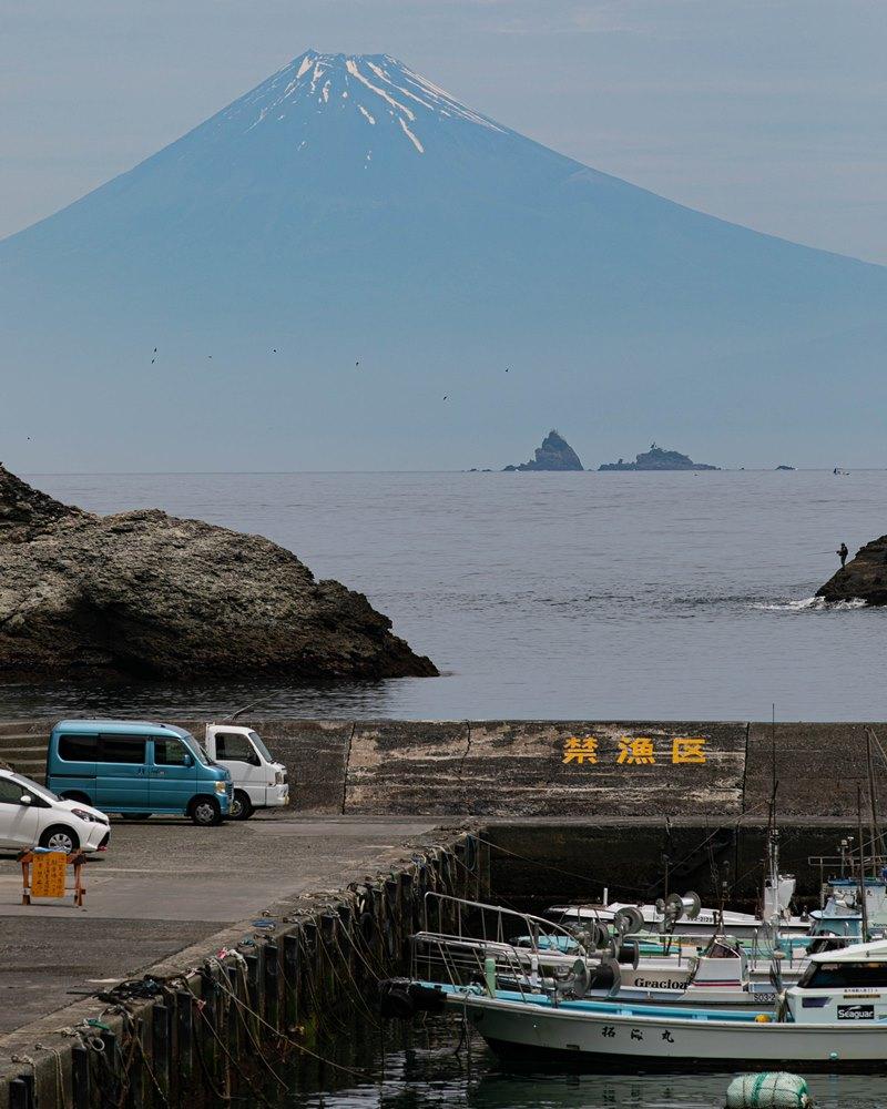 【雲見海岸より】本日の富士山