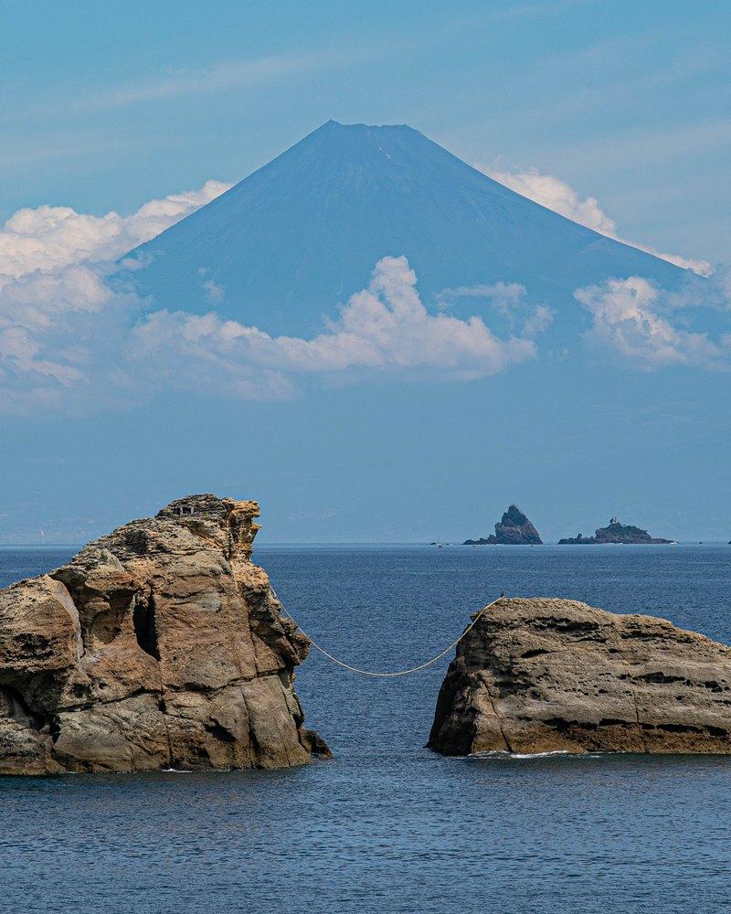本日の雲見海岸からの富士山