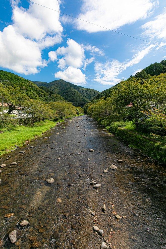 那賀川の清流…心地よいせせらぎの癒し