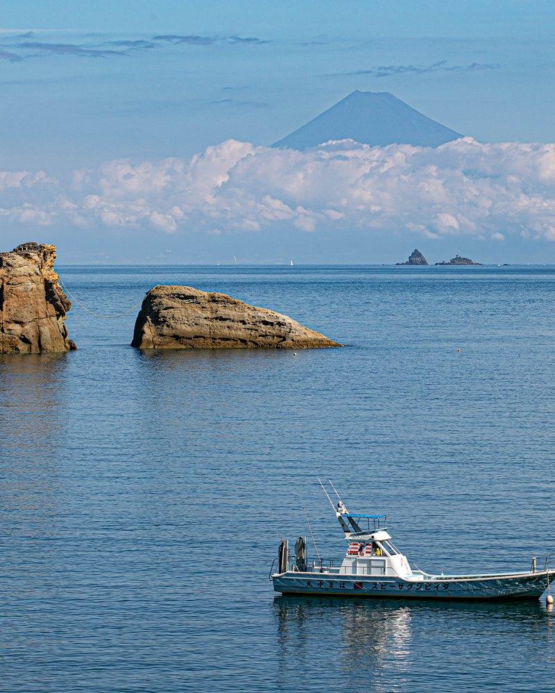 雲見海岸から…9月の富士山