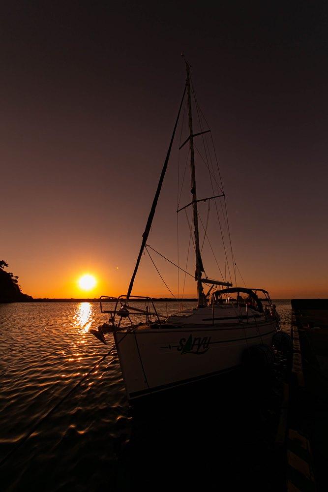 松崎港より -秋の夕陽-