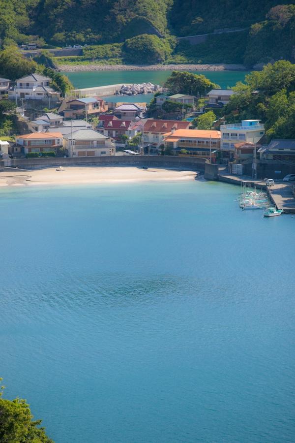 初夏…松崎の海岸線の景色も鮮やかになってきました!