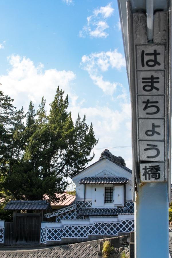 松崎町の那賀川河口付近に架かる「はまちょう橋」
