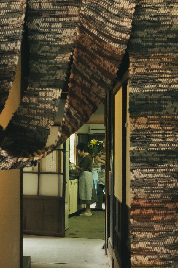 【無料休憩所 伊豆文邸】初夏の風が吹き抜けています。